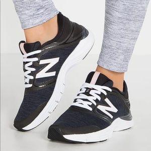 Women's New Balance 711v2 Trainer Running Shoe